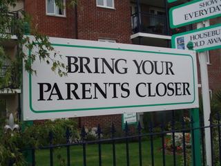 Bring your parents closer - Bring, your, parents, closer, Seniorenheim, Rentner, Christchurch, England