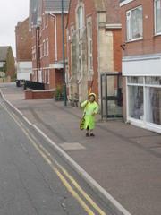 Lollipop Woman - Lollipop, England, Schülerlotse, Verkehrssicherheit, Schulweg, Straße, Häuserzeile