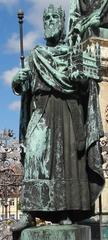 Heinrich II. - Bamberg, Kaiser, König, Heinrich II., Kaiser Heinrich II., Denkmal, Statue, Standbild, Krone, Insignien, Zepter, Kirche, Mantel, Ottone, Ottonen, römisch-deutsch, Heiliges Römisches Reich, Fränkisches Reich, fränkisch, ostfränkisch, heilig