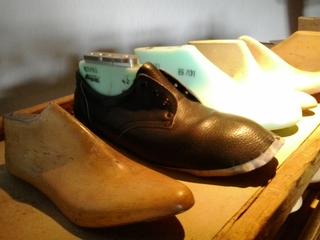 Schuhleisten - Schuh, Schuhleiste, Leder, Oberleder, Holz, Buche, Buchenholz, Fagus, Kunststoff, Form
