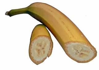 Banane geschnitten - Banane, Bananen, Obst, beliebt, Schale, gelb, essbar, Staude, exotisch, Frucht, Früchte