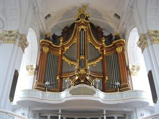 Orgel im Hamburger Michel - Orgel, Kirchenorgel, Kirche, Münster, Musik, Musikinstrument, Gottesdienst, Pfeifen, Töne, Instrument, Wind, Luftstrom, Spieltisch, Empore, Organist, Register, Lieder, Konzert