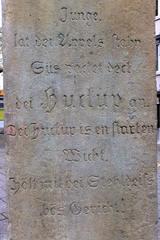 Hildesheim - Huckup #2 - Denkmal, Hildesheim, Huckup, Dieb, Sage, Äpfel, Inschrift, Platt, Plattdeutsch, Kobold, Gewissen, Moral, Warnung