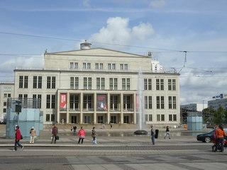 Leipziger Opernhaus - Leipzig, Musik, Oper, Haus, Opernhaus, Musiktheaterbühne, Fassade, Eingangsbereich, Sandstein, Fensterfront