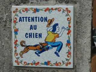 Attention au chien - Frankreich, civilisation, chien, Hund, attention, Achtung, Warnung, panneau, Schild, Kachel, Fliese, beißen