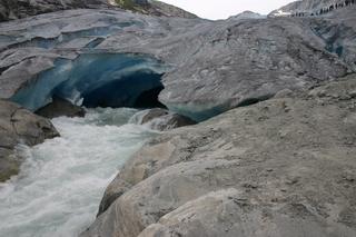 Gletschertor Nigardsbreen, Norwegen - Gletschertor, Gletscherzunge, Gletscherbach, Bach, Schmelzwasser, schmelzen Nigardsbreen, Jostedalsbreen, Norwegen, Gletscher, Klimaerwärmung, Schnee, Gebirge, Eis, kalt, gefroren