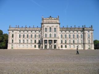 Schloss Ludwigslust - Schloss, Ludwigsluster Schloss, Jagdschloss, Mecklenburg, Schwerin, Ludwigslust, Spätbarock, Barock, Symmetrie