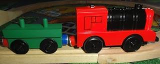 Magnet 1 - Magnet, Magnetismus, Magnetgesetz, anziehen, abstoßen, Nordpol, magnetischer Nordpol, Südpol, magnetischer Südpol, Polgesetz, grün, rot, Spielzeug, Spielzeugeisenbahn, Eisenbahn, Anhänger