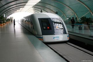 Shanghai Maglev Train (Transrapid) - China, Technik, Shanghai, Eisenbahn, Maglev, Magnetschwebebahn, Transrapid, Höchstgeschwindigkeitszug, Höchstgeschwindigkeitsverkehr, Höchstgeschwindigkeit, Bahnhof
