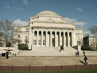 Columbia Universität - NY, New York, USA, Amerika, Universität, Säulen, Gebäude, Treppe, Stufen