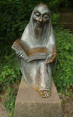 Der Märchenerzähler - Skuptur, lesen, vorlesen, erzählen, Märchen, Märchenvorleser, Märchenbuch, Erzähler