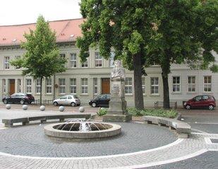 Köthen, Bach-Denkmal #1 - Johann Sebastian Bach, Denkmal, Barock, Brunnen