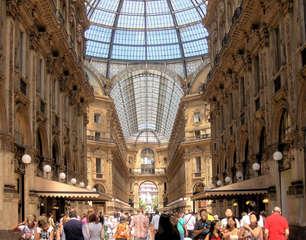 Galleria Vittorio Emanuele II  in Mailand #1 - Italien, Mailand, Shopping, Galerie, Läden, Mode, teuer, Tourismus, Glaskuppel, Milano, elegant, nobel, Piazza del Duomo