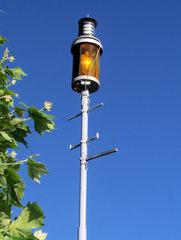 Sturmwarnung - Lampe, Licht, Warnlampe, Warnung, gelb, Sturm, Sturmwarnung, Gewitter, See, Ufer, Seefahrt