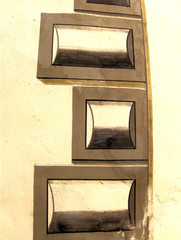 Trompe-l'œil an einer Hauswand #2  - Trompe loeil, Täuschung, Malerei, Architektur, Hauswand, Effekt, Steine, Symmetrie, Schatten, Illusion, Detail