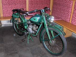Motorrad-Oldtimer #1 - Motorrad, alt, Oldtimer, Ausstellung, Exponat, Motor, fahren