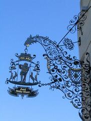 Ausleger Hotel - Ausleger, Zunftzeichen, Schild, Hinweisschild, Mittelalter, Reklame, Werbung, Kunstwerk, Kunstguss, filigran