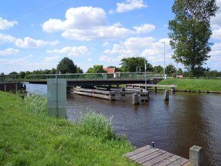 Drehbrücke #2 - Brücke, drehen, Drehbrücke, Kanal, Ems-Jade-Kanal, Verkehr, Wasserstraße, Querung, Technik