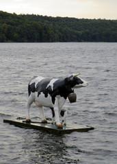 Seekuh  - Skulptur, Plastik, See, schwimmen, Kuh, Kalb, Seekuh