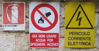 Warnung Stromschlaggefahr - Warnschild, Stromschlag, italienisch