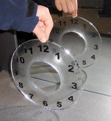 Spiegelung #4 - Spiegel, Spiegelung, Reflexion, Symmetrie, symmetrisch, Zahlen, Uhr, Ziffernblatt, transparent, Physik, Optik, achssymmetrisch, punktsymmetrisch, Mathematik