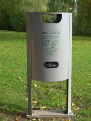 Dog-Station - Kot, Hundekot, Sauberkeit, Umweltschutz, Abfall, Entsorgung, reinigen, Abfallbeseitigung, Ordnung, Anleitung, Hinweis