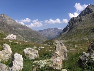 Alpenpass #1 - Alpen, Alpenpass, Julierpass, Schweiz, Graubünden, Engadin, Berge, Wasserscheide, Felsen, Panzersperre, überqueren
