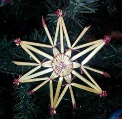 Strohsterne #4 - Strohstern, Stroh, basteln, Weihnachtsbastelei, Dekoration, Weihnachtsdekoration, Weihnachtsschmuck, Weihnachtsbaum, Fensterschmuck, Symmetrie, symmetrisch