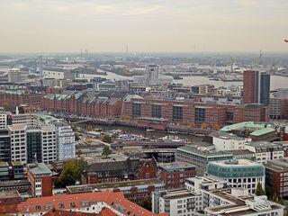 Hamburg Blick zur Speicherstadt - Hamburg, Hansestadt, Hafenstadt, Aussicht, Hafen, Elbe, Speicherstadt, Hanse