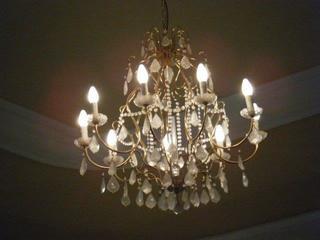 Kronleuchter - Kronleuchter, Lampe, Leuchte, Licht, Lüster, Antiquität, alt, wertvoll, elektrisch
