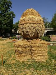 Skulptur aus Stroh #5 - Skulptur, Stroh, Strohskulptur, Kunst, Kunstwerk, Ei, Osterei