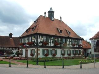 Mairie - Rathaus - Rathaus, Fachwerk, Fachwerkhaus, Elsass, Alsace, Frankreich, Haus