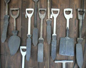 Spaten - Spaten, Landwirtschaft, Grabarbeiten, Gartenwerkzeug, Bodenbearbeitung, Spatenblatt, Griff
