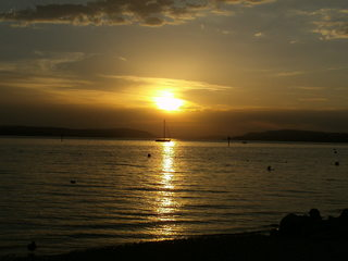 Sonnenuntergang - Sonnenuntergang, Abend, Meditation, Horizont, Himmelserscheinung, Sonne, Abendrot