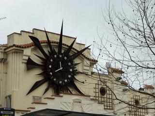 Bahnhofsuhr Antibes - Uhr, horloge, Antibes, Uhrzeit, Zeit, Zeiger, Ziffernblatt