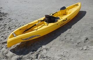 Kajak - Wasser, Wassersport, Paddel, paddeln, Boot, Kajak, Kanu, Strand, Küste, Auftrieb
