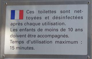 Hinweisschild zur Toilettenreinigung - nettoyage, proprete, utlisation, desinfection, toilette