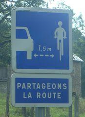 Hinweisschild - Partageons la route - route, distance, vélo, bicyclette, panonceau, panneau d'information, partager
