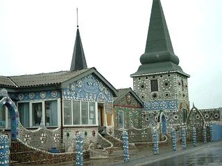 Sneglehuset #1 - Haus, Museum, Schnecke, Schnecken, Muscheln, Dach, Turm, Zaun, Eingang, Verzierung, sammeln, Sammlung, Dänemark, Schneckenhaus