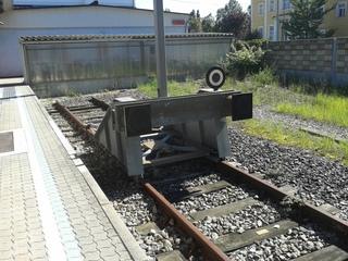 Prellbock - Prellbock, Puffer, Gleisabschluss, Gleisende, Eisenbahn, Zug, Bahnhof, Energie, Verformung, Energieumwandlung, Reibung, abbremsen