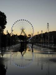 Nice Grande Roue - Frankreich, Nice, Nizza, Riesenrad, Grande Roue, Wasser, Spiegelung, Sprigbrunnen, Abend, Place Masséna