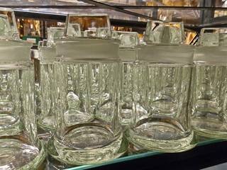 leere Gläser für Präparate#1 - Regal, Aufbewahrung, Präparation, Natur, Konserve, Konservierung, wissenschaftlich, Sammlung, archivieren, Archivierung, ordnen, Ordnung, sortieren, Nasssammlung, Naturkunde, naturkundlich, Archiv, aufbewahren, Dokumentation, Glas, Gläser, Flasche, Behälter, Behältnis