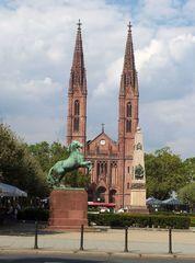 Kirche - Kirche, Bonifatius, Wiesbaden, Sakralbau, christlich, Kirchturm, Neugotig, Hallenkirche