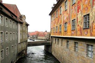 Bamberg, Blick von oberer Brücke auf untere Regnitzbrücke - Wandmalerei, Brücke