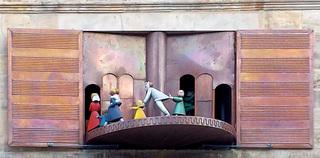 Hameln: Rattenfänger Figurenspiel #3 - Hameln, Glockenspiel, Figurenspiel, Carillon, Rattenfänger, Sage, Figuren, Hochzeitshaus, Giebel