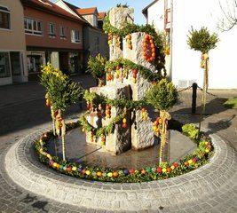 Osterbrunnen#2 - Ostern, Osterbrunnen, Osterbrauch, Osterschmuck, Schmuck, Brauch, Brunnen, schmücken, Ostereier, bunt, Brauchtum