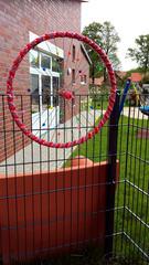 Urban Knitting #17 - stricken, häkeln, Kultur, Knitting, Graffiti, Kunst, Motiv, Impression, Motiv, warm, Wolle, Strickkunst, Objektkunst, Kunstobjekt, bunt, Verschönerung, Gemeinschaft