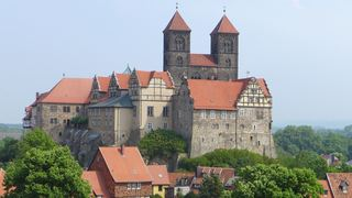 Dom  - Dom, Kirche, Kirchenbau, Romanik, Gotteshaus, evangelisch, Christentum