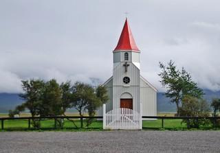 Kirche auf Island - Island, Europa, Gebäude, Kirchenbau, Holz, klein, Religion, Landeskunde, Gottesdienst, Glaube, Kreuz, christlich, Friedhof, Achteck, Pyramide, Mathematik