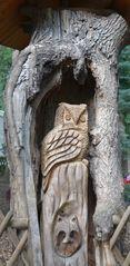 Eulen - Uhu, Eule, Vogel, Wildtiere in Europa, Greifvogel, Raubvogel, nachtaktiv, Holzfigur, Holzplastik, Plastik, Schnitzerei, schnitzen, Kunsthandwerk, Holz